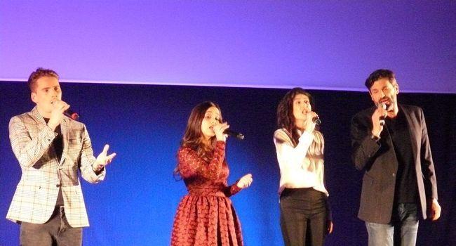 De gauche à droite, Nicolas Cillice, Eyma Scharen, Sarah Caillibot et Christophe Héraut ont chanté cinq morceaux à retrouver dans le spectacle «Bernadette de Lourdes». / Photo A.-C. E.